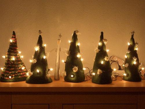 lichterbaum weihnachtliche deko strick ideen. Black Bedroom Furniture Sets. Home Design Ideas